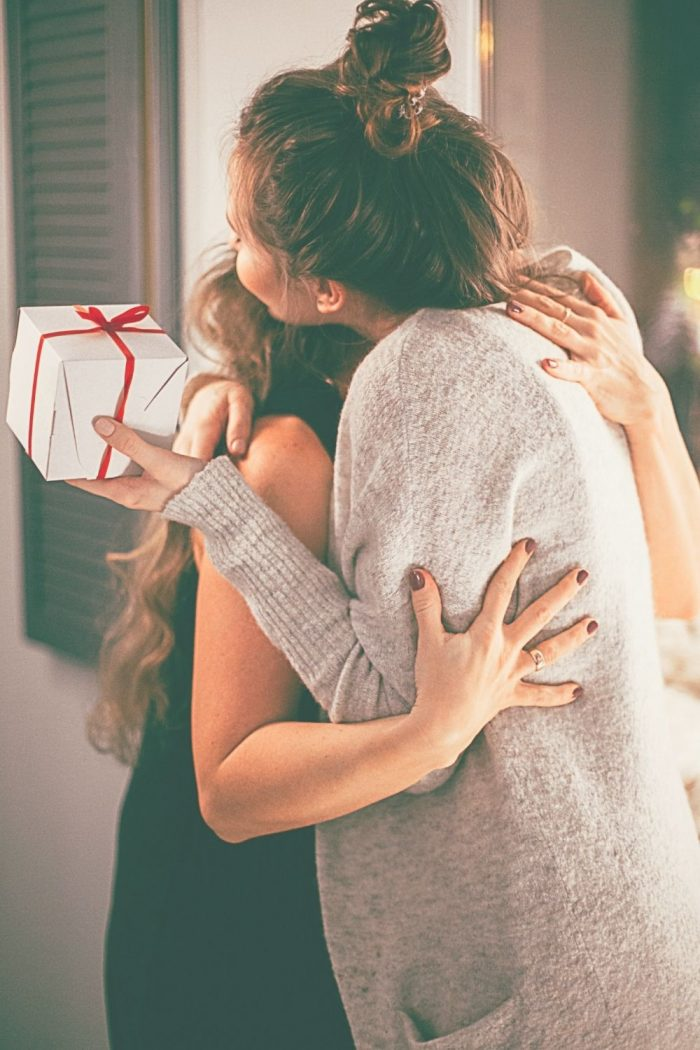 10 Thoughtful Gifts to Give Any Time of Year